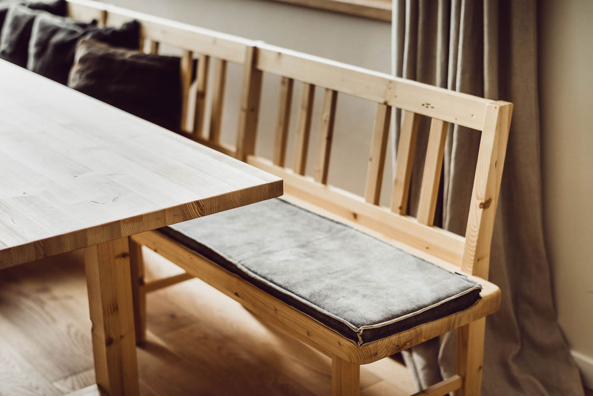 Holz, Natur, Wohlfühlen - die Details in den Chalets